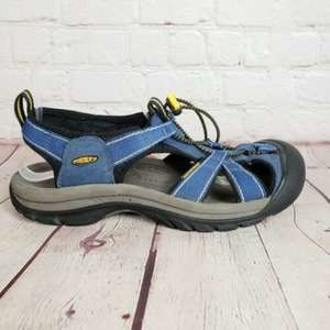 Keen Newport Hiking Closed Toe Sandals Shoes